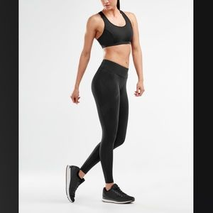2XU mid rise compression tight - Medium Tall
